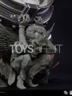 iron-studios-dc-comics-batman-black-edition-one-third-scale-statue-toyslife-11