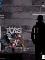 iron-studios-dc-comics-batman-vs-joker-1:6-diorama-by-ivan-reis-toyslife-05