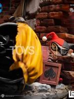 iron-studios-dc-comics-batman-vs-joker-1:6-diorama-by-ivan-reis-toyslife-09