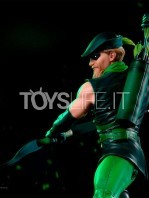 iron-studios-dc-green-arrow-by-ivan-reis-statue-toyslife-05