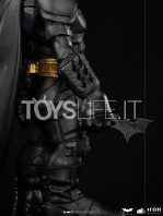 iron-studios-dc-the-dark-knight-batman-mini-co-pvc-figure-toyslife-08