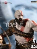 iron-studios-god-of-war-kratos-&-atreus-deluxe-1:10-statue-toyslife-07