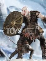 iron-studios-god-of-war-kratos-&-atreus-deluxe-1:10-statue-toyslife-11