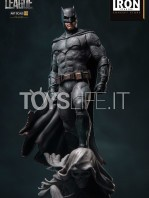 iron-studios-justice-league-batman-concept-store-exclusive-1:10-statue-toyslife-icon