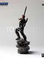 iron-studios-marvel-avegners-endgame-hawkeye-1:10-statue-toyslife-03