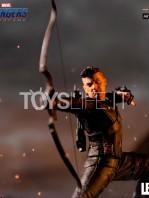 iron-studios-marvel-avegners-endgame-hawkeye-1:10-statue-toyslife-08