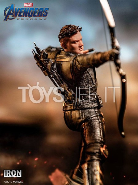 iron-studios-marvel-avegners-endgame-hawkeye-110-statue-toyslife-icon
