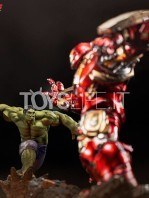 iron-studios-marvel-avengers-age-of-ultron-hulk-1:10-statue-toyslife-10
