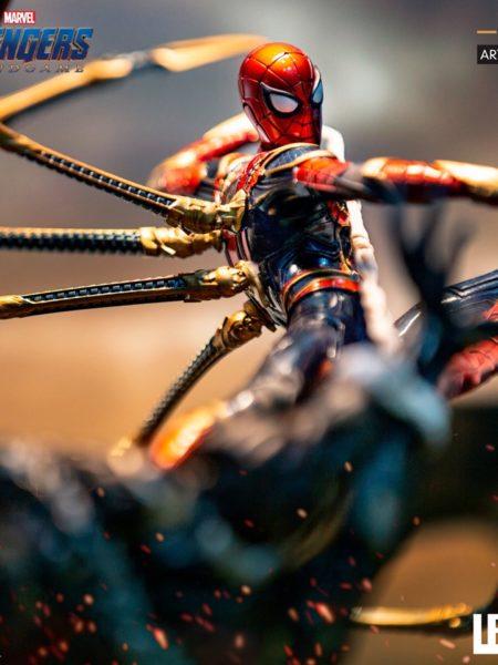 iron-studios-marvel-avengers-endgame-spiderman-vs-outrider-1:10-statue-toyslife-icon