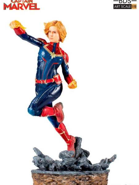 iron-studios-marvel-captain-marvel-statue-toyslife-01