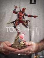 iron-studios-marvel-comics-deadpool-1:10-deluxe-statue-toyslife-15