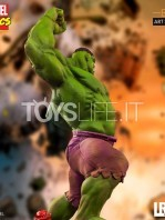 iron-studios-marvel-comics-hulk-toyslife-09