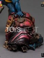 iron-studios-marvel-comics-x-men-beast-1:10-statue-toyslife-05