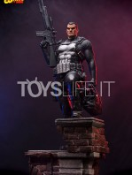 iron-studios-marvel-the-punisher-quarter-scale-statue-toyslife-05