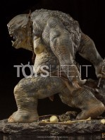 iron-studios-the-lord-of-the-rings-cave-troll-1:10-statue-toyslife-04
