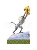 jim-shore-disney-traditions-2019-the-lion-king-rafiki-and-baby-simba-toyslife-02