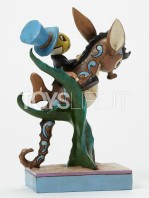 jim-shore-disney-traditions-jiminy-horsing-around-toyslife-002