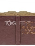 jim-shore-disney-traditions-nightmare-before-christmas-storybook-toyslife-01