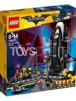 lego-dc-batman-movie-bat-space-shuttle-toyslife-01
