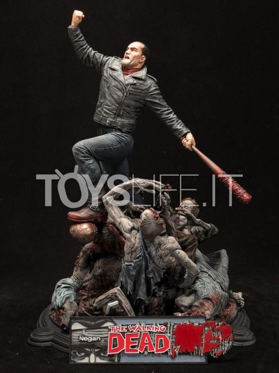 mcfarlane-the-walking-dead-negan-diorama-toyslife-icon