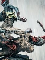 mcfarlane-toys-the-walking-dead-rick-grimes-statue-toyslife-06