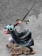 megahouse-one-piece-dracule-mihawk-excellent-maximum-pvc-statue-toyslife-04
