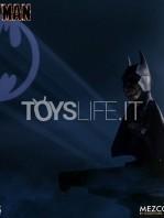 mezco-dc-batman-1989-deluxe-figure-toyslife-06
