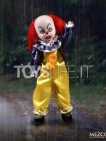 mezco-living-dead-dolls-it-1990-pennywise-toyslife-03