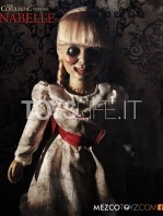 mezco--the-conjuring-annabelle-replica-toyslife-01