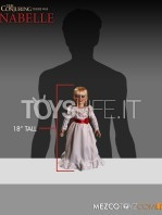 mezco--the-conjuring-annabelle-replica-toyslife-04