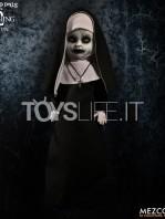 mezco-toyz-living-dead-dolls-the-conjuring-2-the-nun-toyslife-02