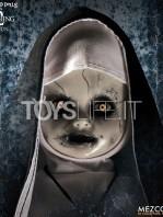 mezco-toyz-living-dead-dolls-the-conjuring-2-the-nun-toyslife-03