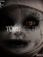 mezco-toyz-living-dead-dolls-the-conjuring-2-the-nun-toyslife-04
