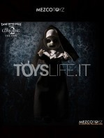 mezco-toyz-living-dead-dolls-the-conjuring-2-the-nun-toyslife-icon