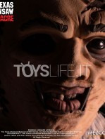 mezco-toyz-texas-chainsaw-massacre-leatherface-mega-scale-talking-figure-toyslife-06