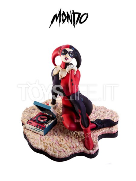 mondo-dc-batman-the-animated-serie-harley-quinn-waiting-for-my-j-man-statue-toyslife-icon