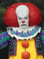 neca-1990-it-pennywise-ultimate-figure-toyslife-03
