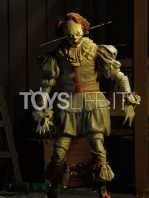 neca-2017-it-pennywise-well-house-figure-toyslife-02