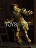 neca-2017-it-pennywise-well-house-figure-toyslife-05