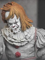 neca-2017-it-pennywise-well-house-figure-toyslife-08