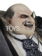 neca-dc-batman-returns-penguin-1:4-figure-toyslife-04