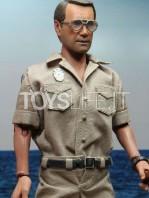 neca-jaws-chief-martin-brody-figure-toyslife-03