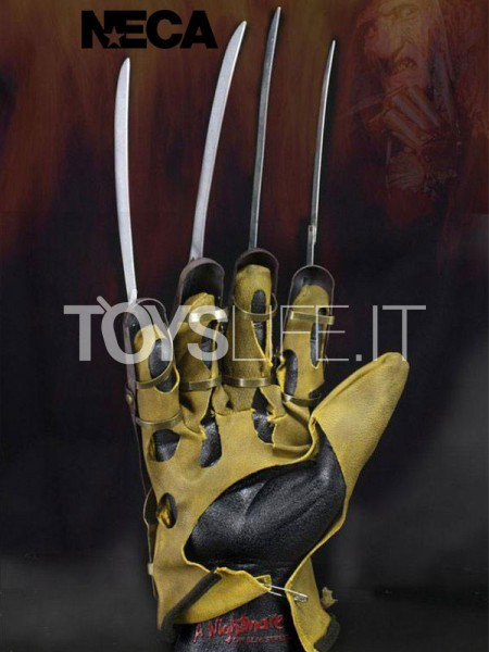 neca-nightmare-on-elm-street.1984-freddy-glove-lifesize-replica-toyslife-icon