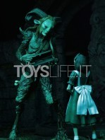 neca-pan's-labyrinth-fauno-figure-toyslife-09