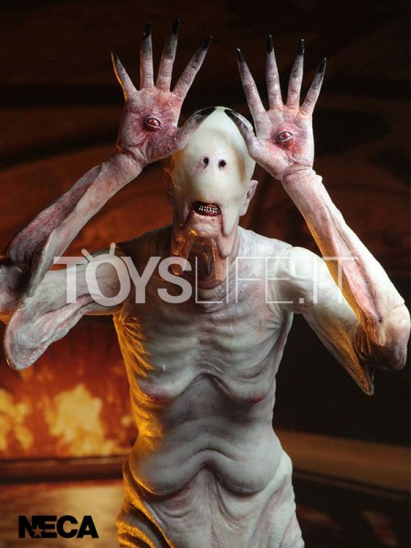 neca-pan's-labyrinth-pale-man-figure-signature-edition-toyslife-icon