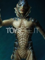 neca-the-shape-of-water-amphibian-man-deluxe-figure-toyslife-02