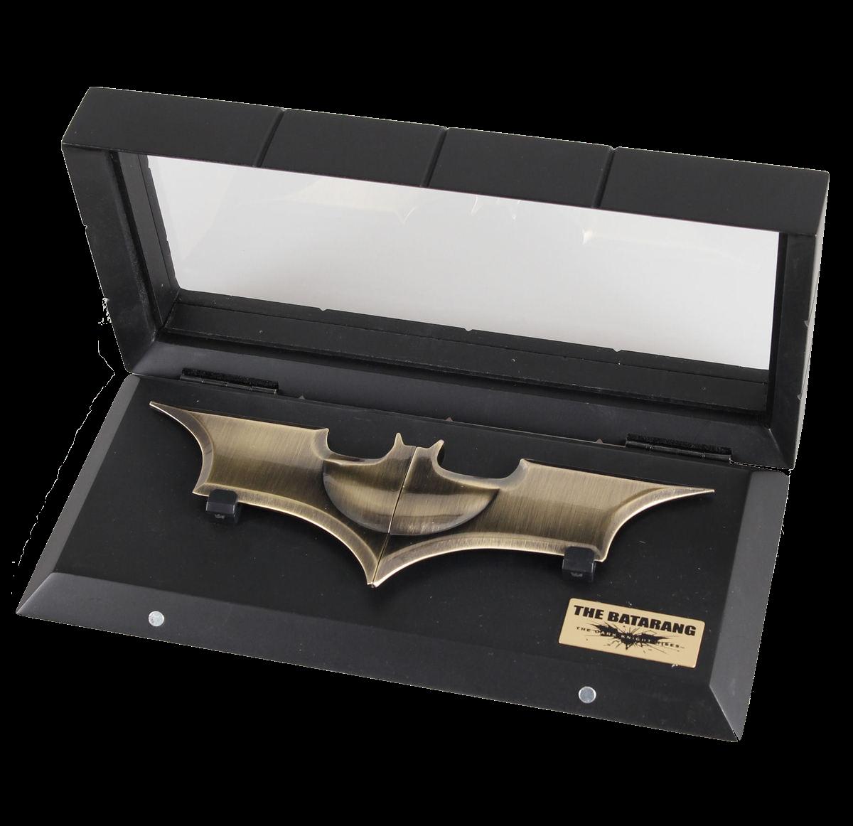 noble-collection-batman-dark-knight-batarang-replica-toyslife