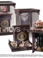noble-collection-harry-potter-magical-creatures-gringotts-goblin-toyslife-icon