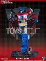 pop-culture-shock-transformers-optimus-prime-classic-statue-toyslife-icon
