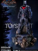 prime-1-arkham-knight-batman-beyond-statue-toyslife-01